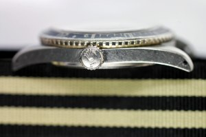 TUDOR Reference 7923. Crown most llikely replacement. Perhaps Brevet crown would be original or large +. Photos by SUBGMT.COM